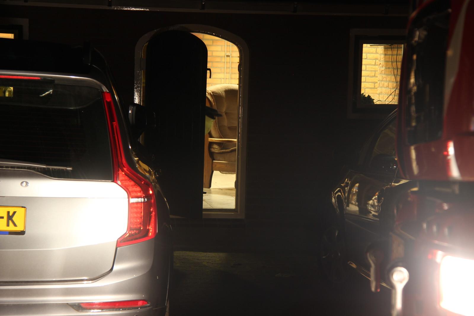Brandweer forceert wc deur voor iemand die vast zat in Holten.